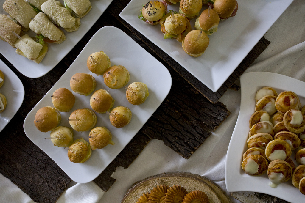 How to host a housewarming party cathedral commons for Finger food ideas for housewarming party