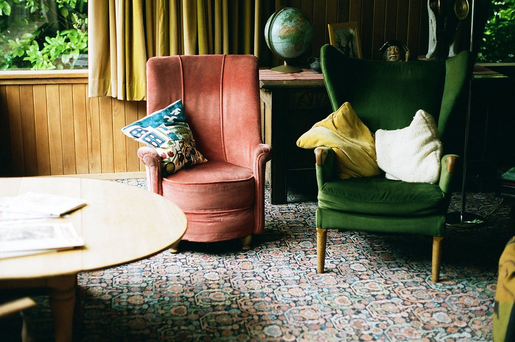 5 Common Living Room Decor Mistakes