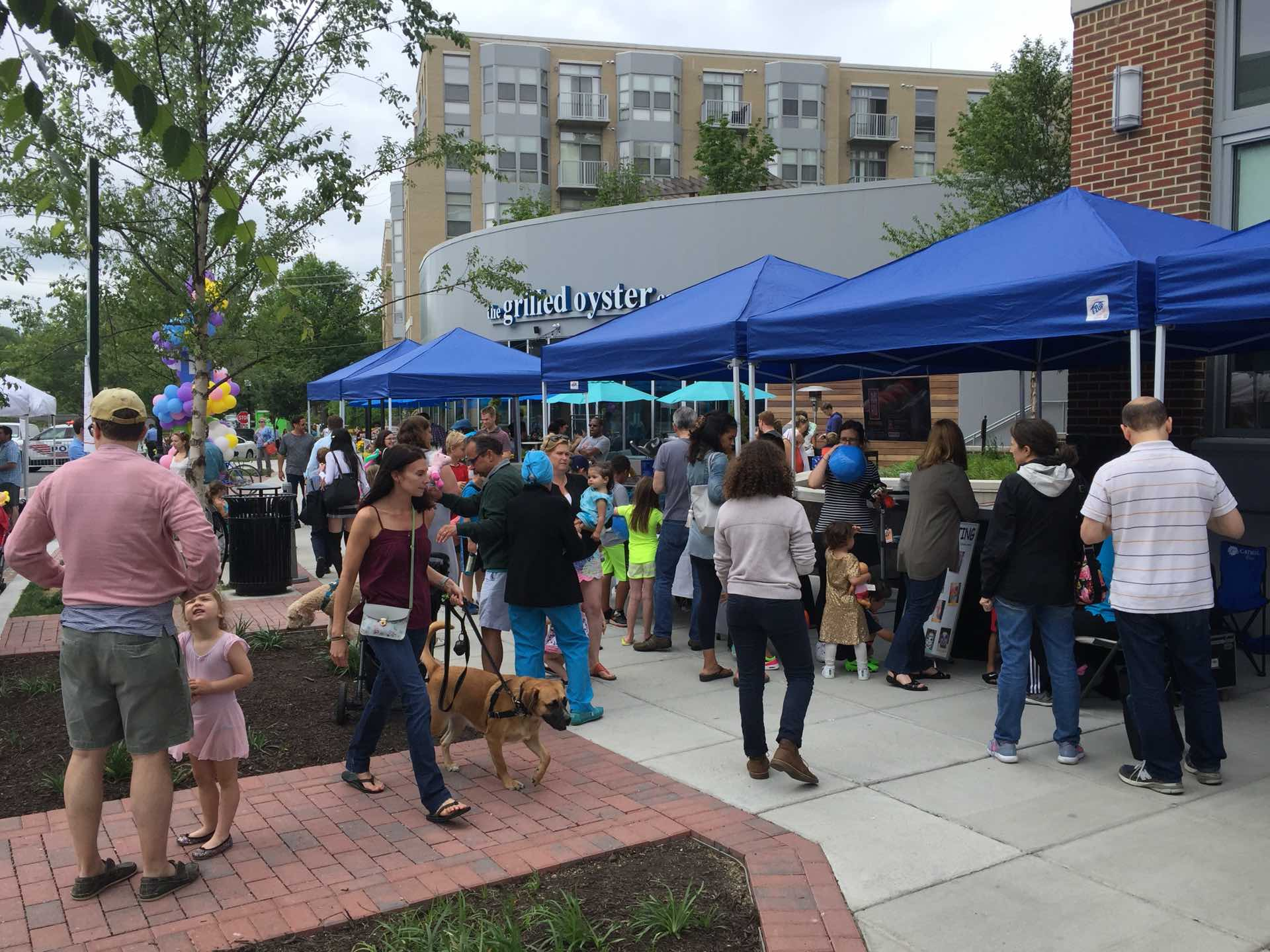 Spring Festival Brings Market & Music to Cathedral Heights